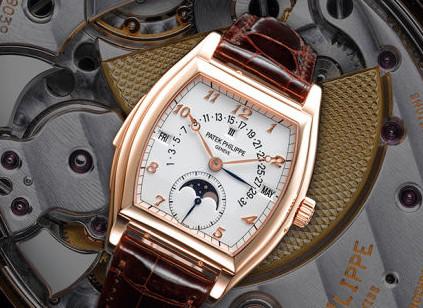 百达翡丽手表表带拆卸
